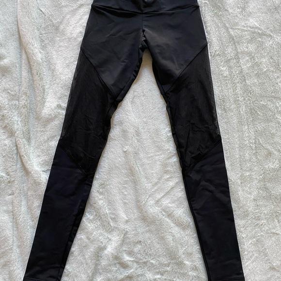 Black target brand workout leggings